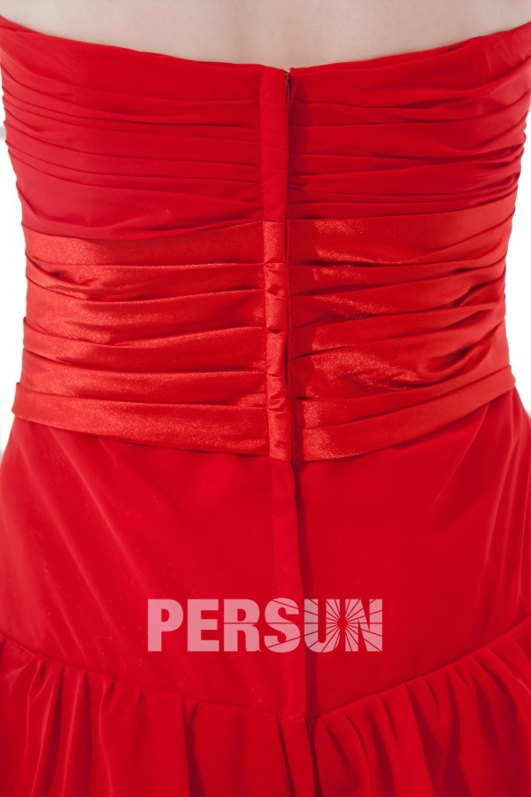 Robe rouge bustier plissée longue à volants