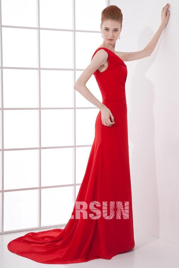 Robe soirée rouge asymétrique plissée à traîne chapel