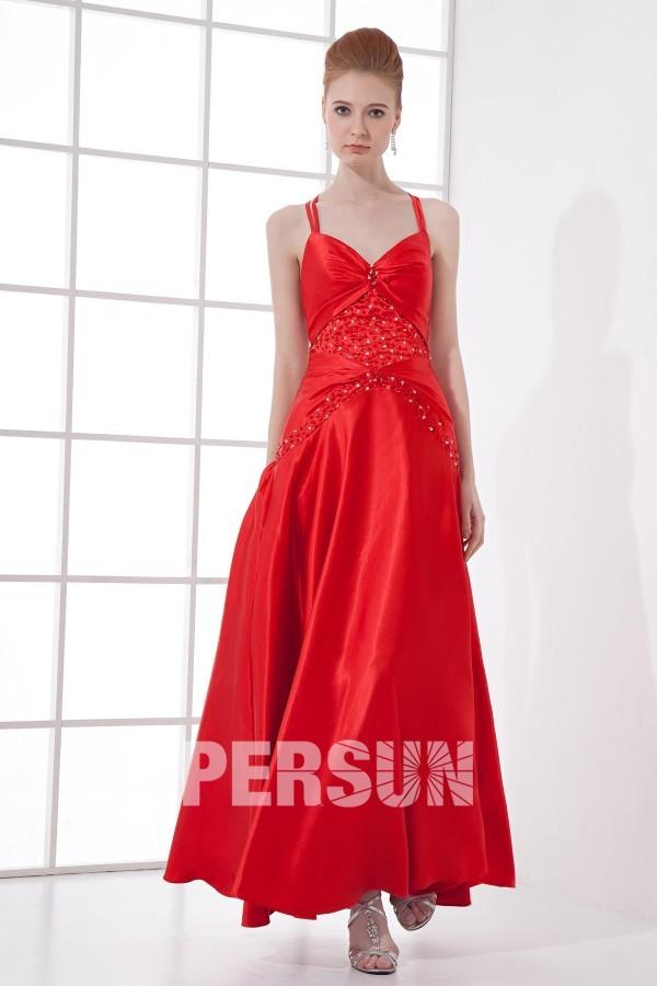 Robe bal rouge longue avec bretelle fine à dos nu