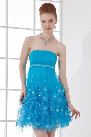 Robe courte bleu bustier empire à jupe fleurie