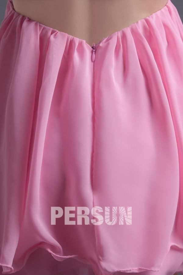 Robe bal rose courte asymétrique ornée de perles à dos nu