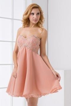 Robe rose bustier empire ligne-A brodée ornée de perles