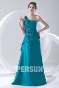Robe bleu soirée encolure asymétrique en taffetas ruchées