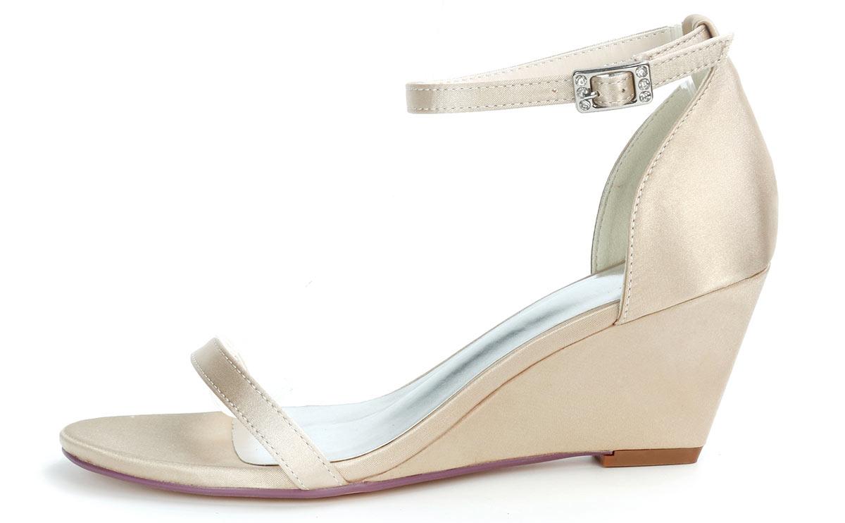sandale de mariée satinée champagne simple talon compensé