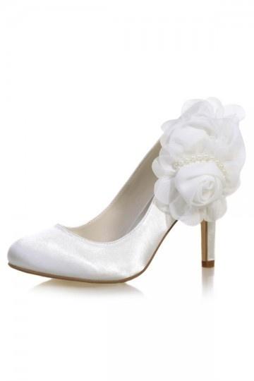 Escarpins de mariage ivoire fleuri & perlé