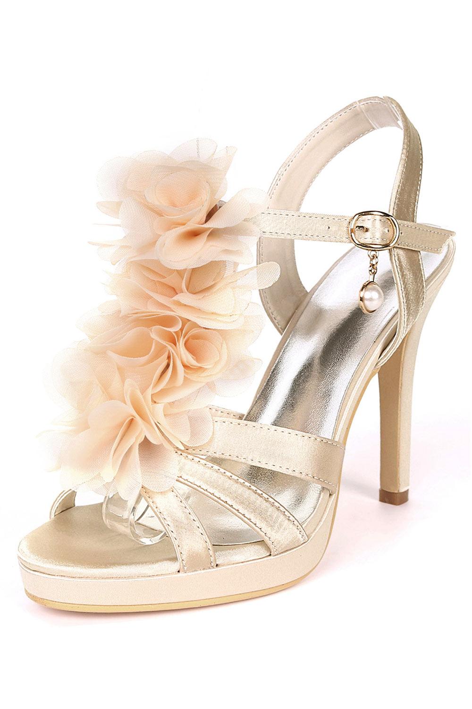 sandales champagne à talon haut pour mariage avec fleurs