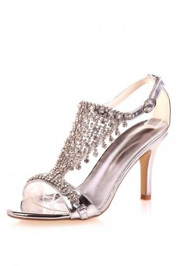 Sandales argentes ornées de strass à talon haut