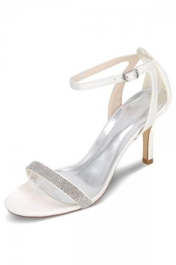 Sandales chic pour mariage violet