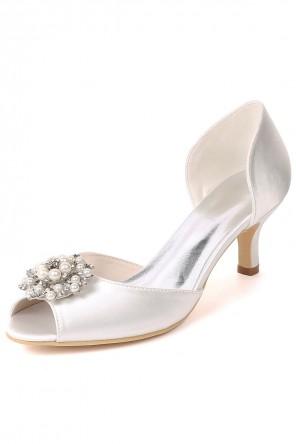 Chaussures ivoire pour mariée à petit talon bout ouvert perlé